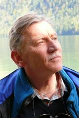 Professor em. Dr. Peter Graf